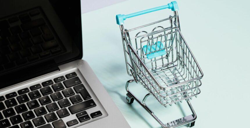 Atsiskaitymai-mokėjimo-kortelėmis-internetu-LKU-kredito-unija